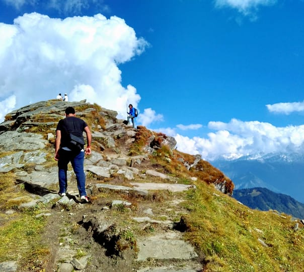 Trekking from Chanderkhani Pass to Malana