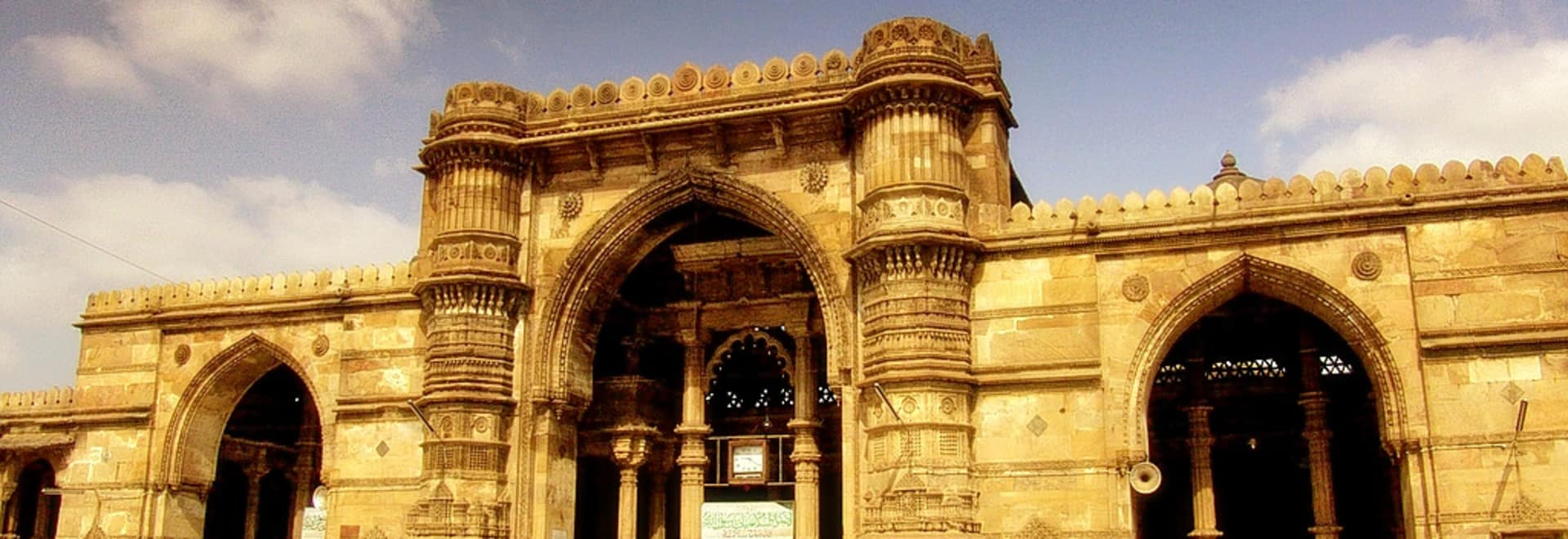 1493043614_ahmedabad_jama_masjid_2.jpg