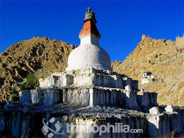 Chorten-at-shey_ladakh.jpg