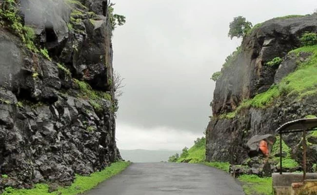 western ghats map with Malshej Ghat Bike Ride on 21067 together with Munnar additionally 60 Kerala Climate further Malshej Ghat Bike Ride moreover Forest.