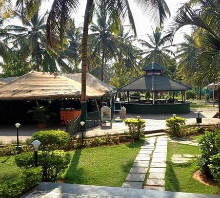 Sunday Brunch At Royal Orchid Resorts In Bangalore