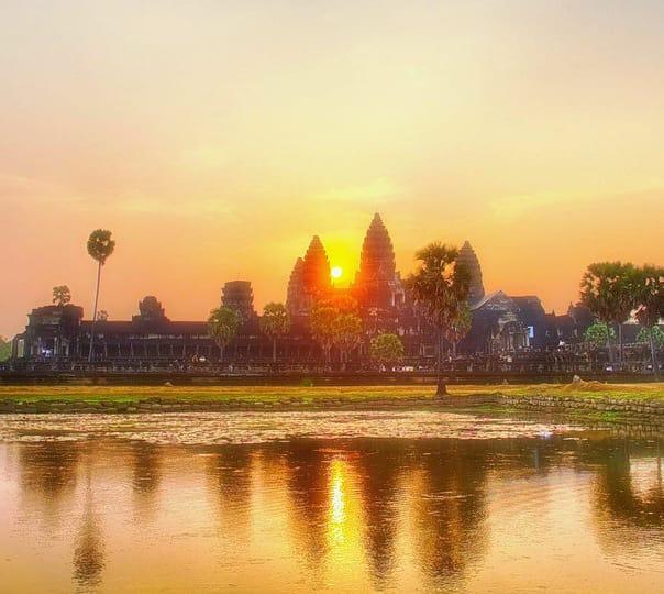 Cambodia Sightseeing Tour from Bangkok