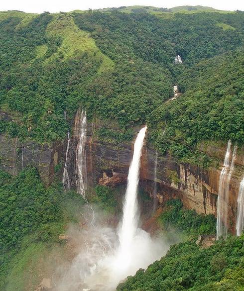 1536147799_akashiganga_water_falls.jpg