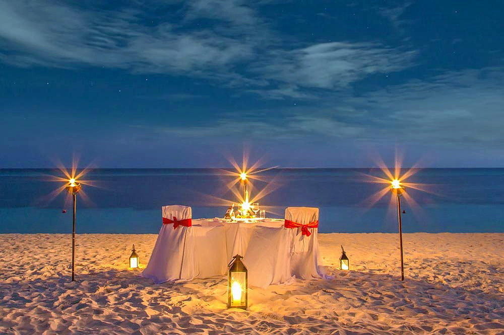 1488284615_candle-light-dinner-in-andaman.jpg