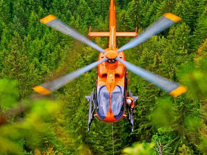 1465041111_eurocopter-becomes-turkey%e2%80%99s-preferred-supplier-of-air-ambulance-helicopters-with-an-order-for-17-ec135-aircraft-for-thk-go%cc%88kc%cc%a7en-aviation-830x554.jpg