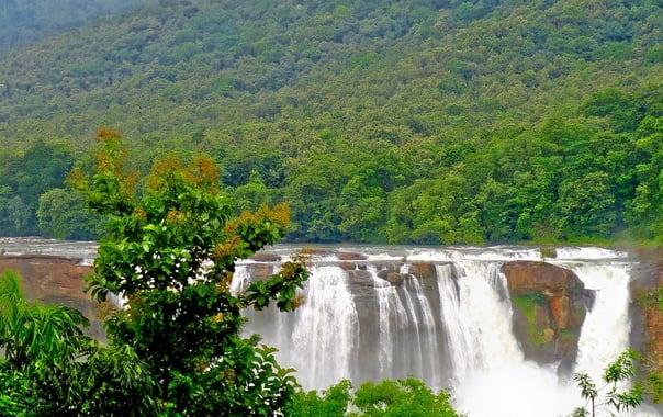 1550122161_athirappalli_waterfalls_2c_thrissur_2c_kerala.jpg.jpg