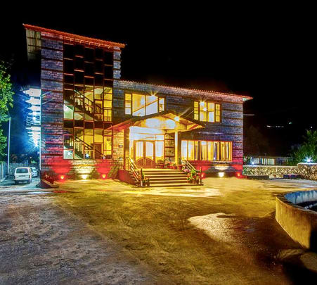 Forest Resort Stay in Manali Flat 30% Off