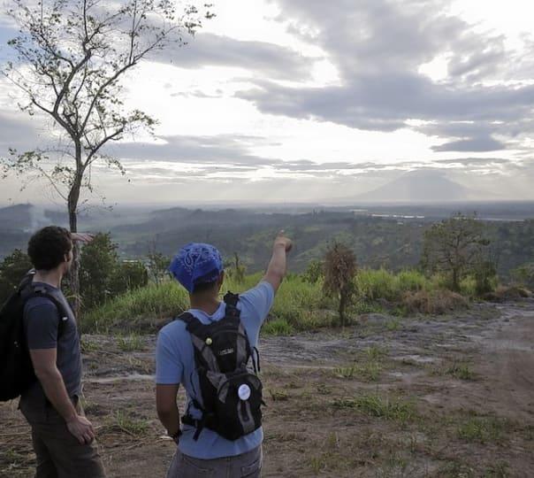 Trekking to Sunrise Point in Munnar