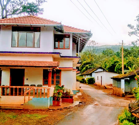 Stay Amidst Hills and Streams in Coorg Flat 14% off