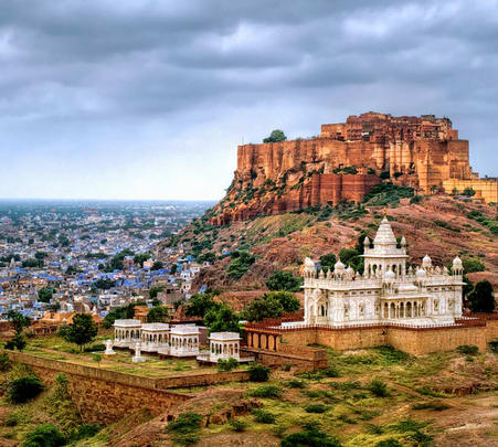 Sightseeing Tour in Jodhpur with Bishnoi Village Safari