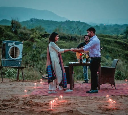 Luxury Dining Experience For Couples on Sand Dunes in Jaipur