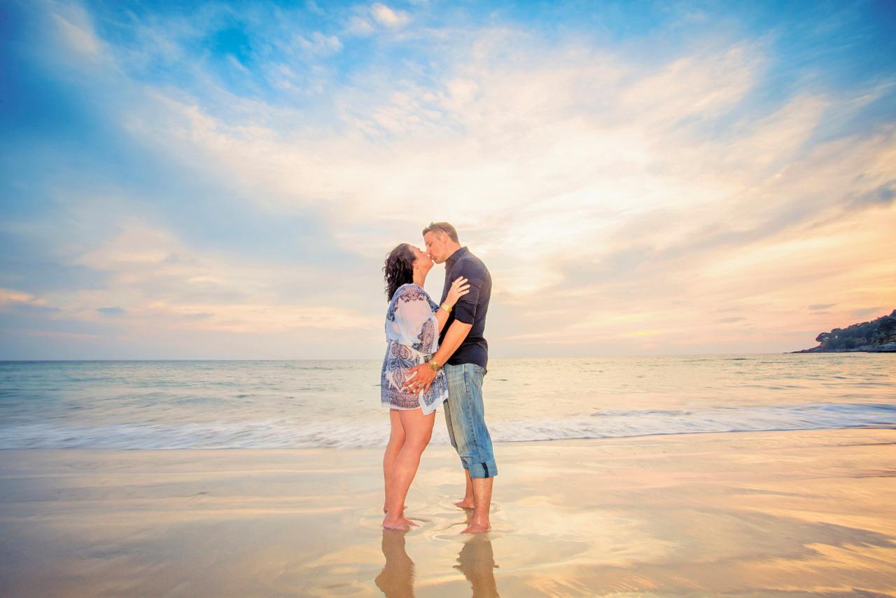 1562751202_honeymoon-couple-photoshoot-at-phuket-087.jpg