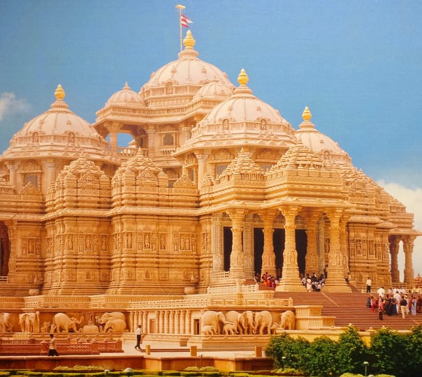 Full Day Tour of Ahmedabad with Akshardham Visit