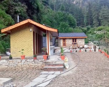 Pocket Friendly Camping Experience in Jibhi