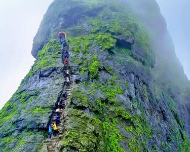 Trek to Harihar Fort