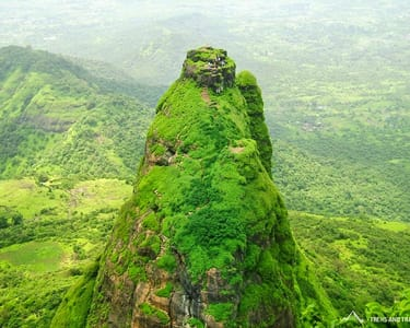 One Day Trek to Kalavantin Durg