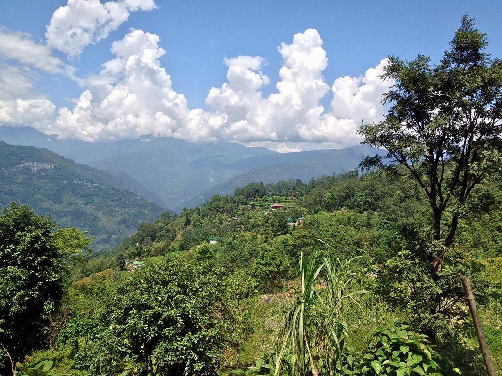 1592569471_mountain-walk-views.jpg