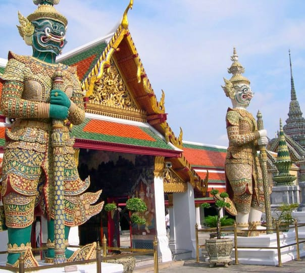 Royal Grand Palace Tour (combo with Emerald Buddha or River Cruise)