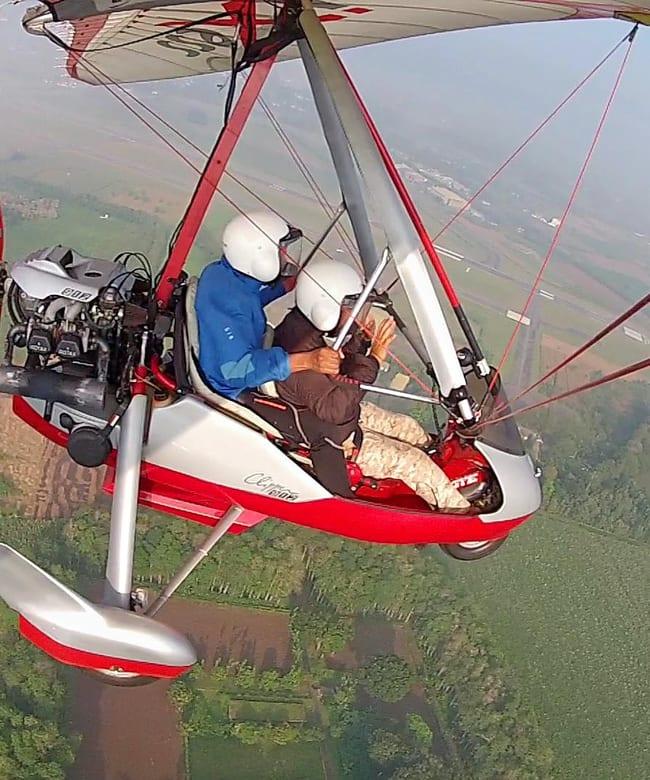 Learn-to-fly-ultralight-trike-indonesia.jpg