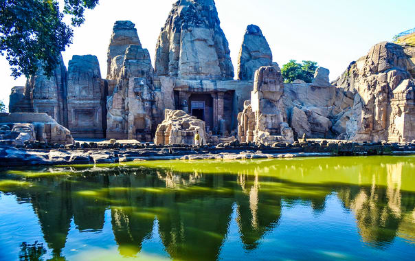 1463396833_masrur_rockcut_temple.jpg