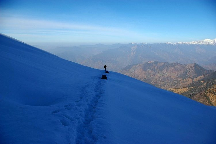 M_snow_trek_to_chopta__deoriatal_and_chandrashila_peak__uttarakhand_03.jpg