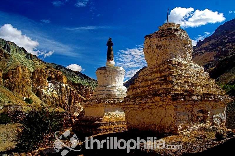 Phuktal-gompa-3__ladakh.jpg
