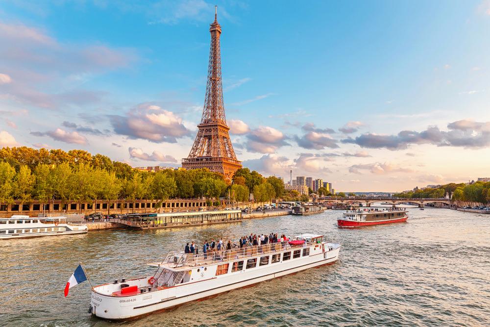 1592808834_europe_seine_river_paris.jpg