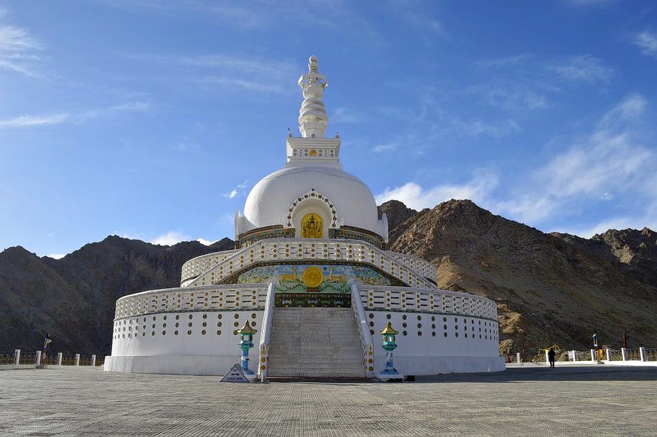 1488976187_shanti-stupa-756426_960_720.jpg