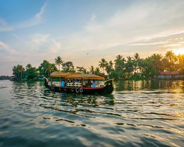 Classic Houseboat Dine and Dance, Goa - Flat 24% Off