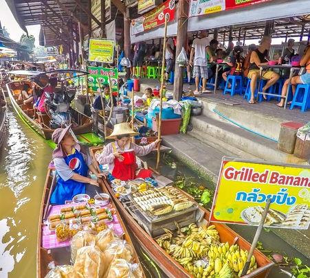 3 in 1 Tour - Floating Market, Rose Garden & Elephant Croc Show