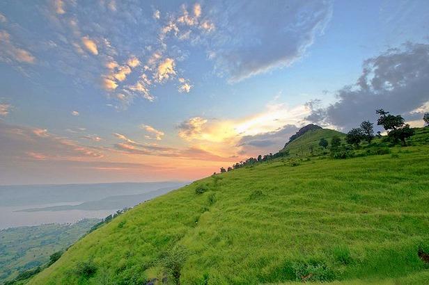 Kaas_plateau_sunset.jpg