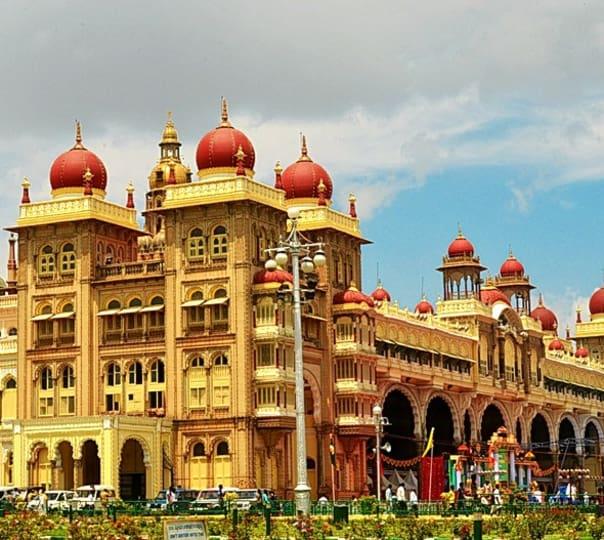 Rent a Local Guide in Mysore