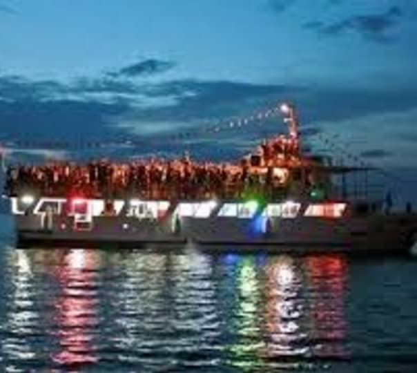 Sunset River Cruise in Mandovi River