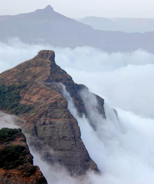 1521014337_harishchandragad-trek-near-mumbai-pune.jpg