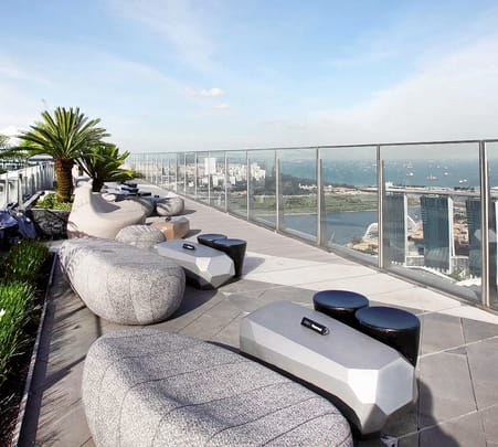 1-altitude Gallery & Bar Singapore Flat 29% off