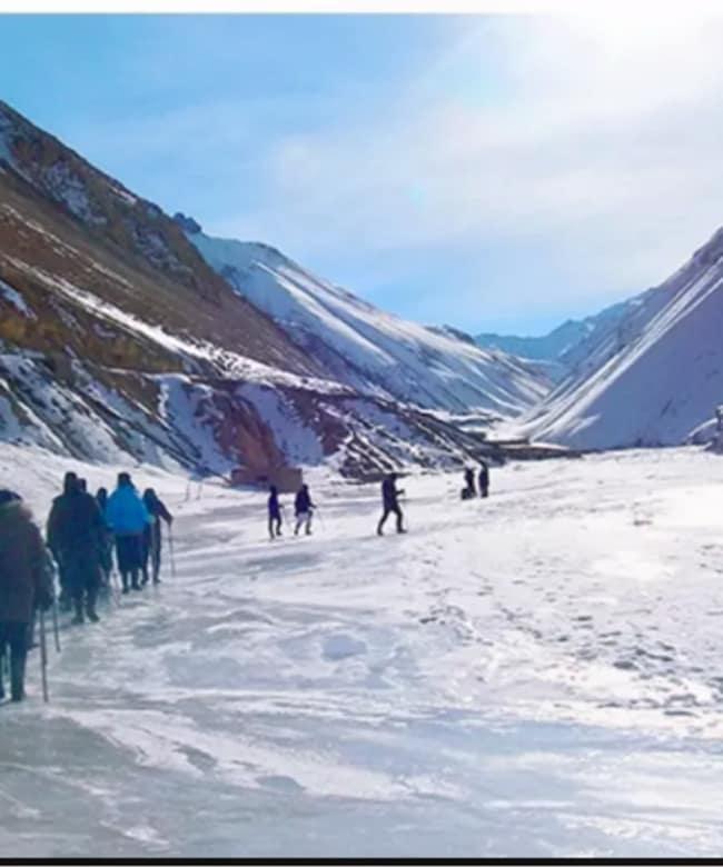 1513151758_himalayan-short-treks-near-delhi.png