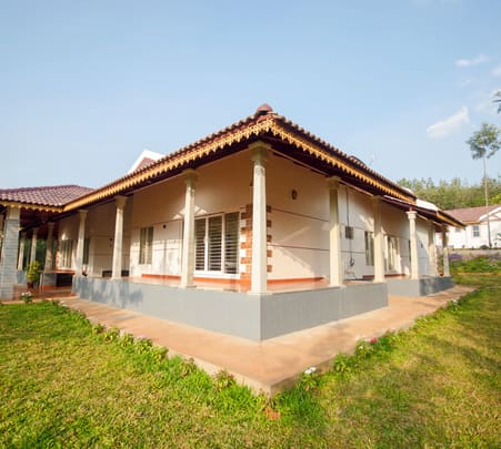 Hilltop Homestay in Chikmagalur