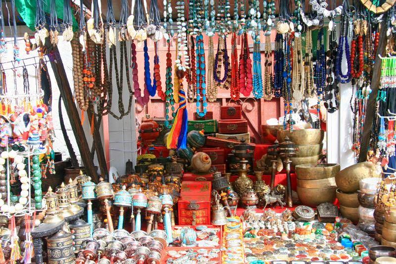 1511180540_tibetan_souvenirs.jpg