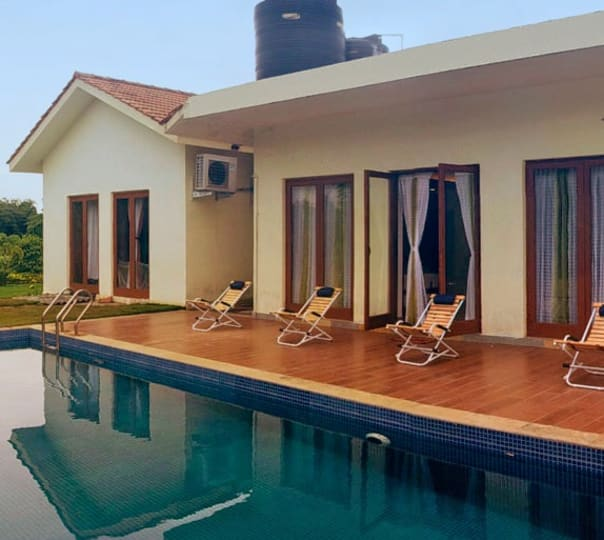Luxurious Villa Stay at Kihim, Alibaug