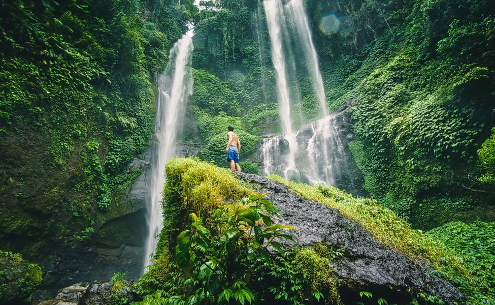 Tukad Cepung Waterfall Tour Flat 10% Off
