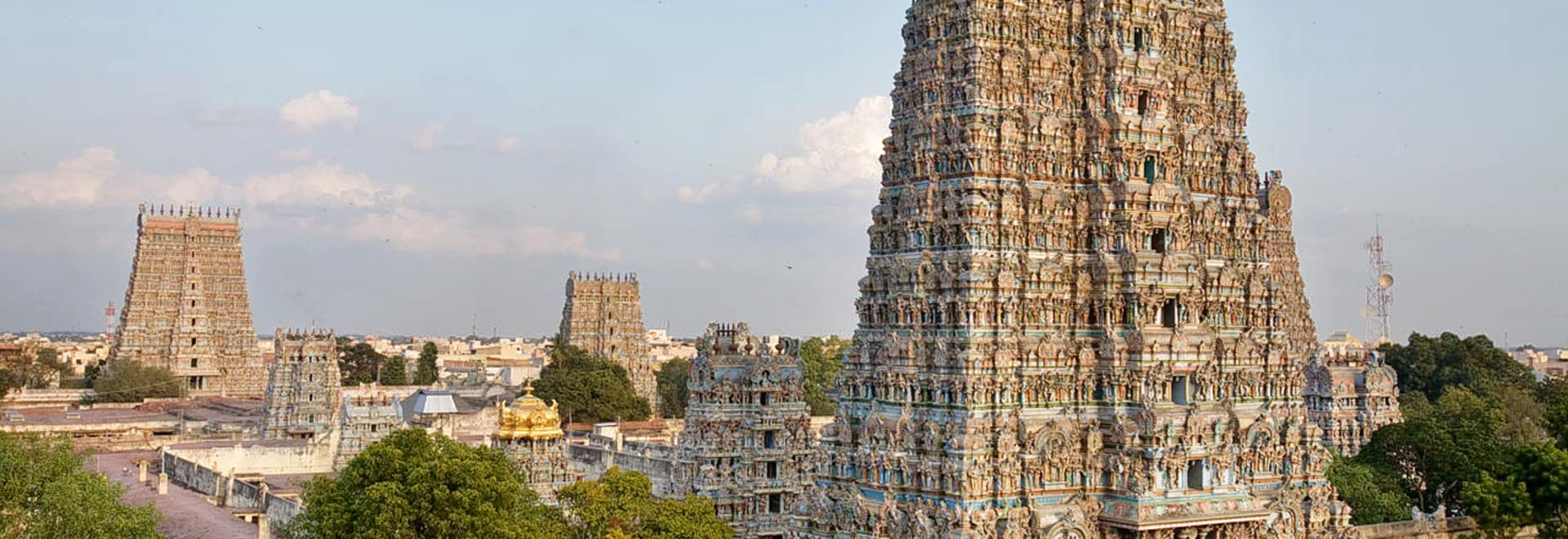 1493365536_1280px-india_-_madurai_temple_-_0781.jpg
