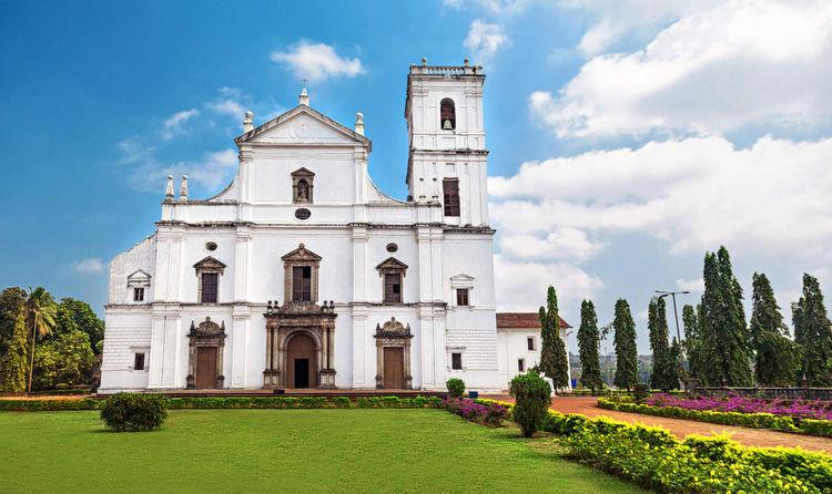 churches in goa wiki