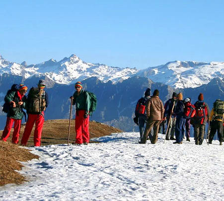 Snow Trekking in Manali