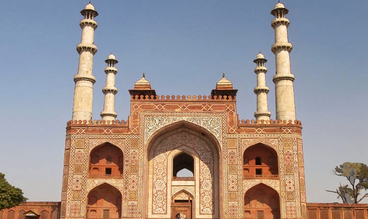 dating places in agra
