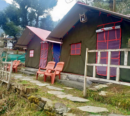 Camping with Meals & Games in Jibhi