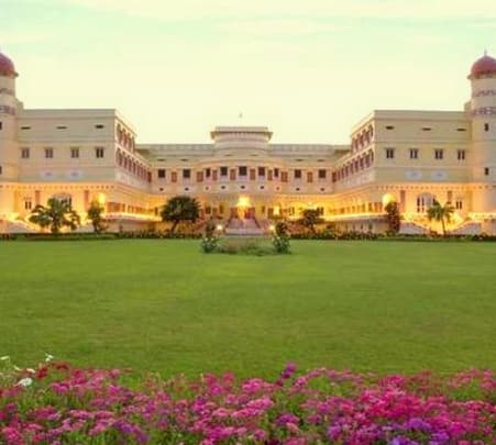 Luxury Experience at Sariska Palace in Alwar