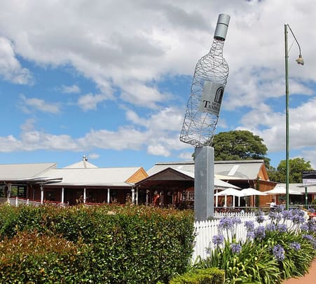 Tamborine Winery Tour