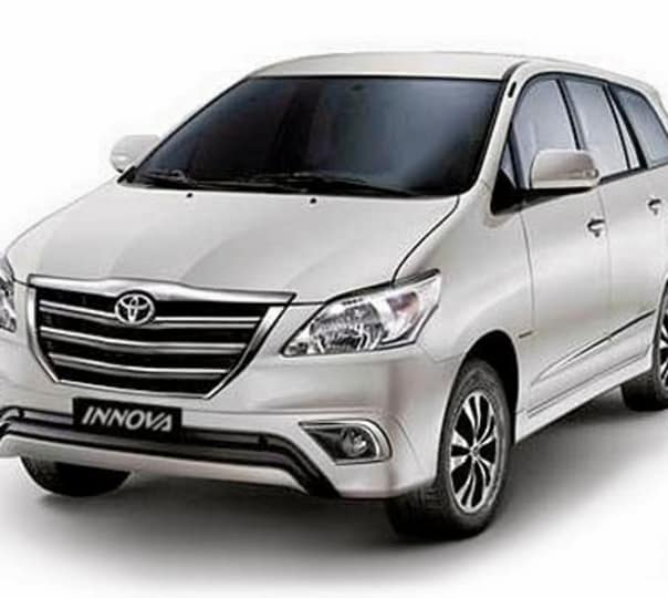 Rent an Innova For 8 Hours in Goa
