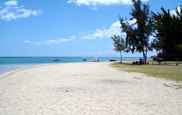 1463657493_la-preneuse-beach-mauritius.jpg