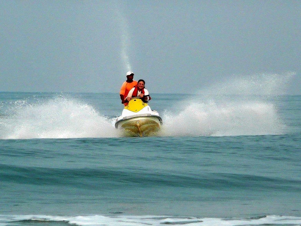 1479206461_jet_ski_ride.jpg